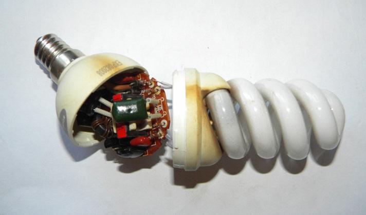 Из-за ухудшенного качества электроэнергии перегорают лампочки...
