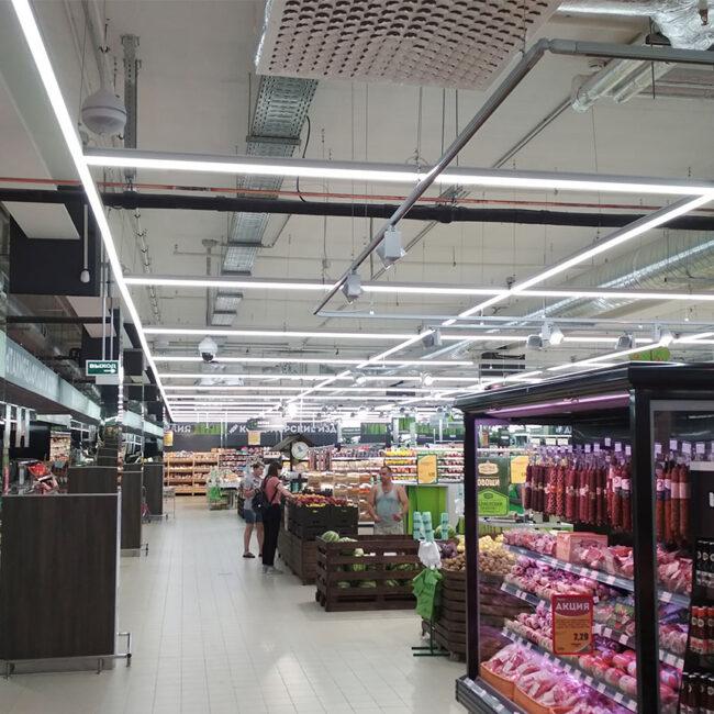Green закупил светодиодные светильники для гипермаркетов ledz e-Trade. Окупились за 10 месяцев. Снизили энергозатраты на 70%. Служат более 20 лет. Хотите такие светильники? Звоните нам!