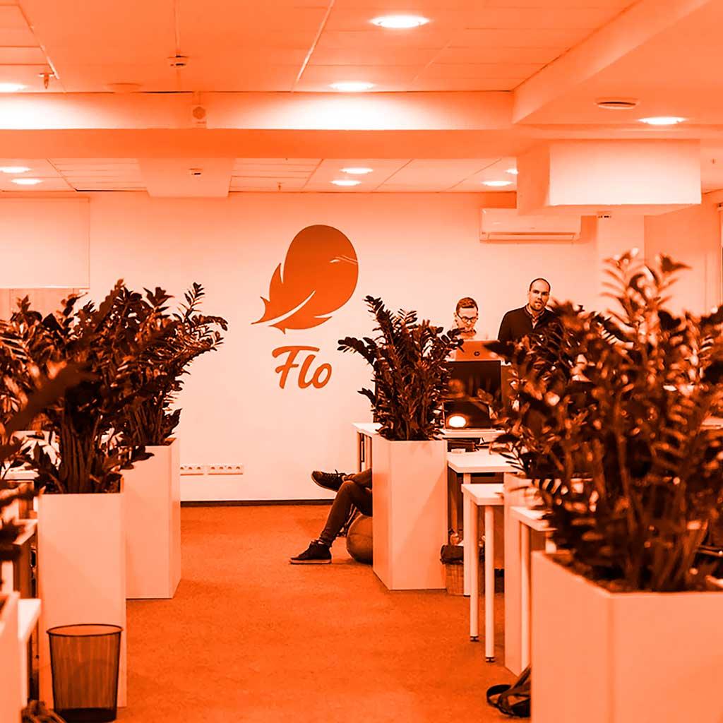 Элреди поработали с очередным IT-проектом Flo. Мы поставляли освещение для дизайнерской мебели, реализованное на алюминиевых профилях и светодиодных лентах. Хотите такое освещение? Звоните нам!