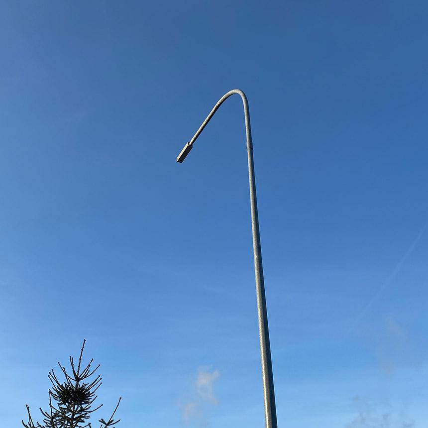 Сария применила светодиодные светильники для завода марки ledz. Высокая надёжность с драйверами MeanWell. Светоотдача 164лм/Вт, проверено в лаборатории. Хотите себе такие светильники? Звоните нам!